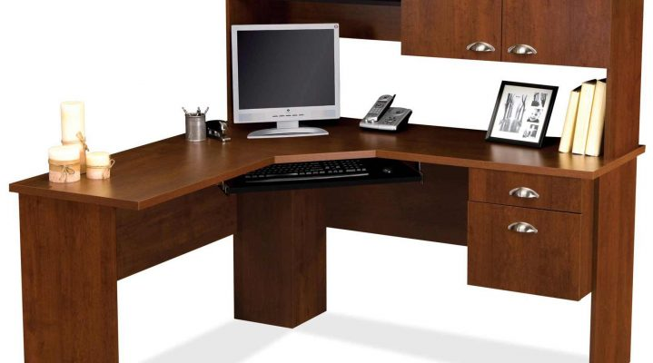 The Different Types of Computer Desks