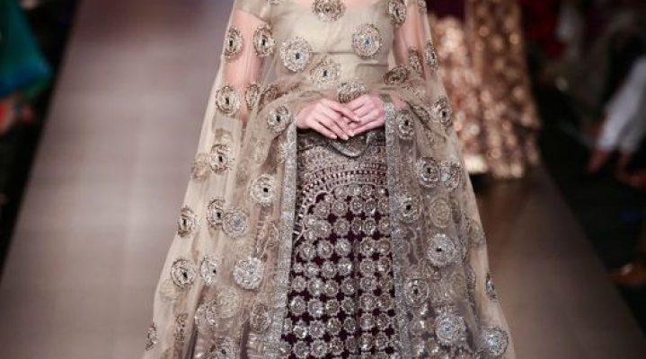 Manish Malhotra – Overview of 15 Years of Indian Fashion