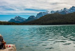 How to Find Tours and Travel Canada